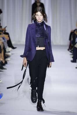 ann-demeulemeester-fashion-week-spring-summer-2017-paris-womenswear-017