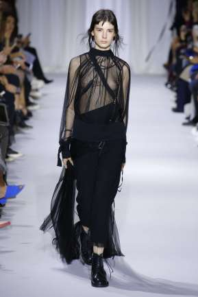 ann-demeulemeester-fashion-week-spring-summer-2017-paris-womenswear-018
