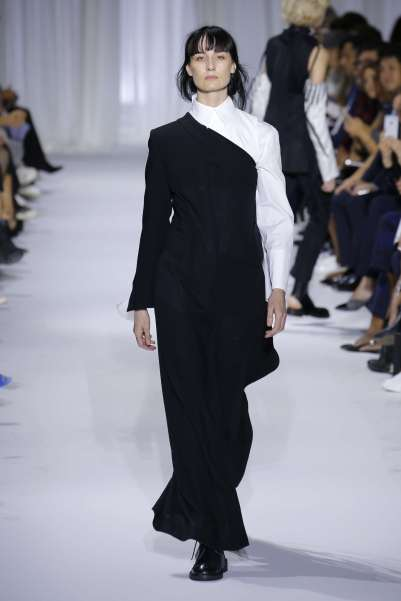 ann-demeulemeester-fashion-week-spring-summer-2017-paris-womenswear-025