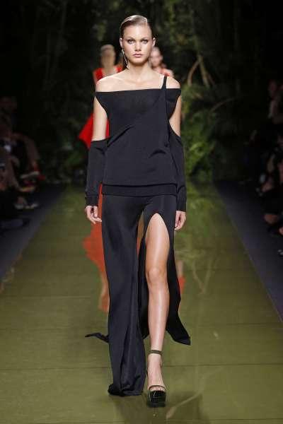 balmain-fashion-week-spring-summer-2017-paris-womenswear-024