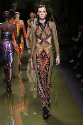 balmain-fashion-week-spring-summer-2017-paris-womenswear-045