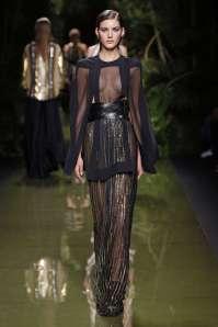 balmain-fashion-week-spring-summer-2017-paris-womenswear-049