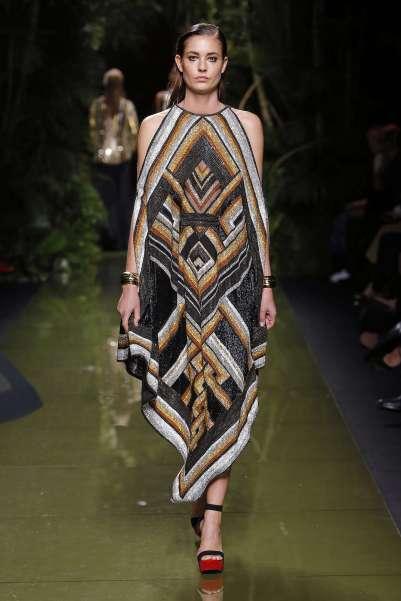 balmain-fashion-week-spring-summer-2017-paris-womenswear-050