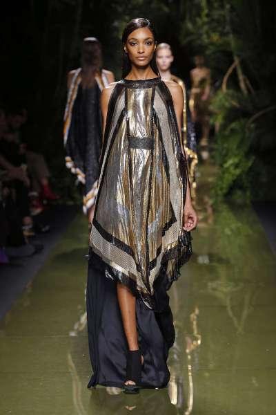 balmain-fashion-week-spring-summer-2017-paris-womenswear-051