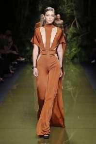 balmain-fashion-week-spring-summer-2017-paris-womenswear