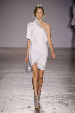 genny-fashion-week-spring-summer-2017-milan-womenswear-006