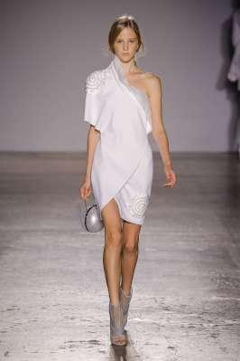 genny-fashion-week-spring-summer-2017-milan-womenswear-006