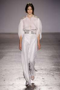 genny-fashion-week-spring-summer-2017-milan-womenswear-008