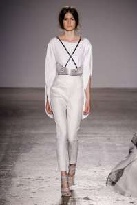genny-fashion-week-spring-summer-2017-milan-womenswear-013