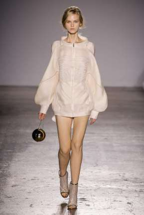 genny-fashion-week-spring-summer-2017-milan-womenswear-018