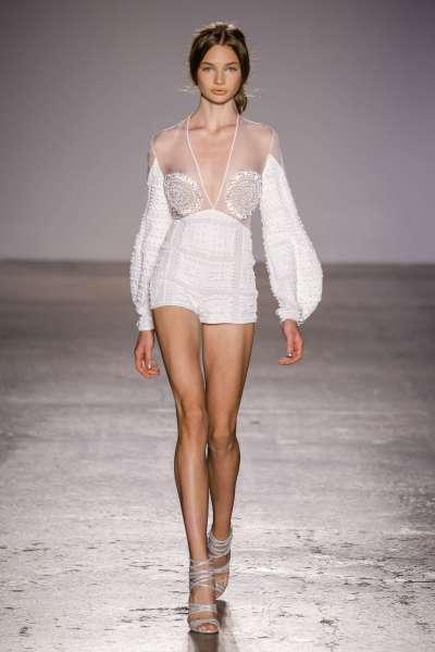 genny-fashion-week-spring-summer-2017-milan-womenswear-024