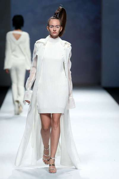 a28sealy-spring-summer-2017-shanghai-womenswear-catwalks-024