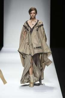anne-sophie-madsen-spring-summer-2017-tokyo-womenswear-catwalks-003