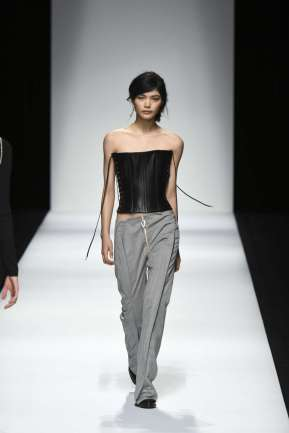 anne-sophie-madsen-spring-summer-2017-tokyo-womenswear-catwalks-005