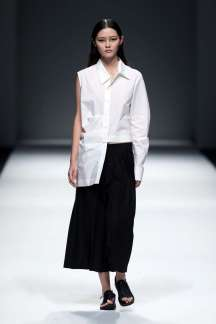 jarel-zhang-spring-summer-2017-shanghai-womenswear-catwalks-001