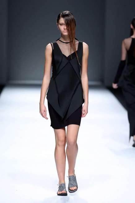 jarel-zhang-spring-summer-2017-shanghai-womenswear-catwalks-011