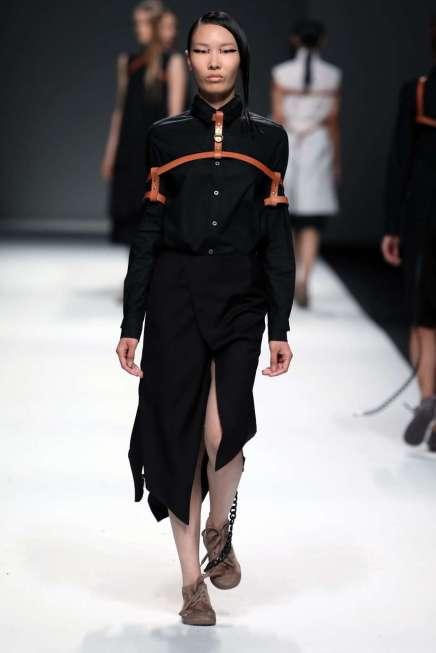 jarel-zhang-spring-summer-2017-shanghai-womenswear-catwalks-018