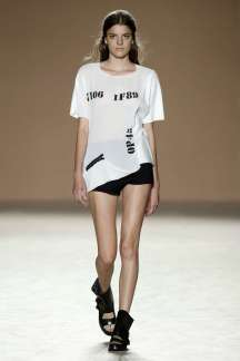 txell-miras-txellmirastw-spring-summer-2017-barcelona-womenswear-catwalks-015