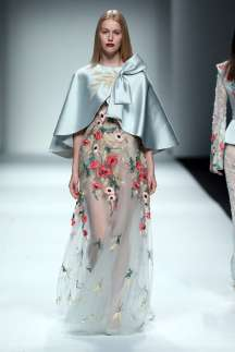 wang-feng-spring-summer-2017-shanghai-womenswear-catwalks-008
