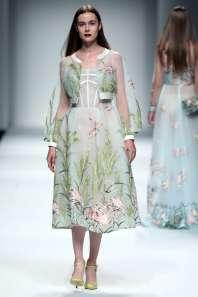 wang-feng-spring-summer-2017-shanghai-womenswear-catwalks-009