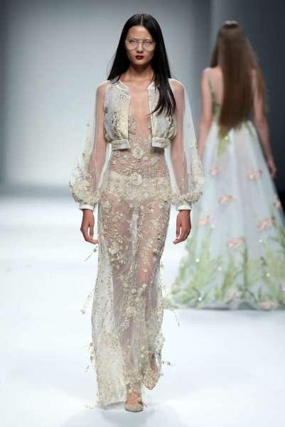 wang-feng-spring-summer-2017-shanghai-womenswear-catwalks-011