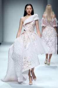 wang-feng-spring-summer-2017-shanghai-womenswear-catwalks-020
