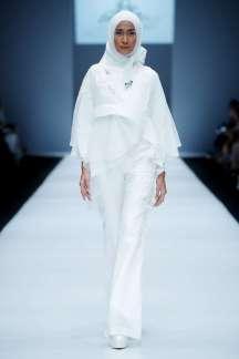 ayu-dyah-andari-spring-summer-2017-jakarta-womenswear-catwalks