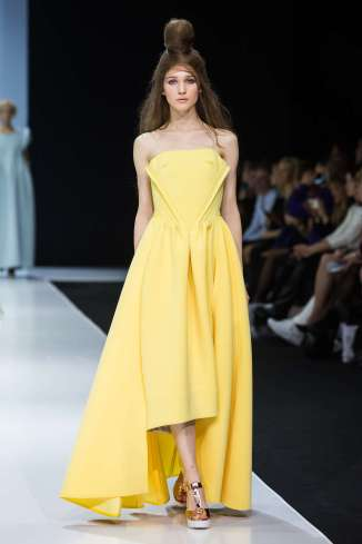 estel-spring-summer-2017-moscow-womenswear-catwalks-004