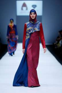 lusense-kd-and-hans-virgoro-spring-summer-2017-jakarta-womenswear-catwalks-023