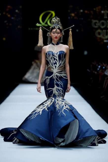 raymond-leonard-spring-summer-2017-jakarta-womenswear-catwalks-004