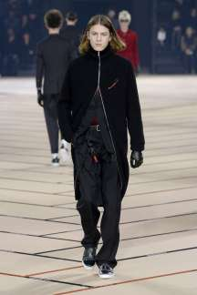 dior-homme-fall-winter-2017-paris-menswear-catwalks-005