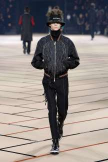dior-homme-fall-winter-2017-paris-menswear-catwalks-010
