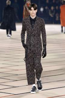 dior-homme-fall-winter-2017-paris-menswear-catwalks-013