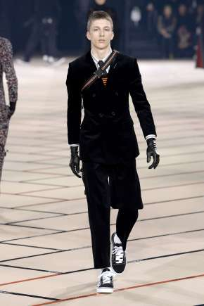 dior-homme-fall-winter-2017-paris-menswear-catwalks-016