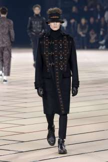 dior-homme-fall-winter-2017-paris-menswear-catwalks-017