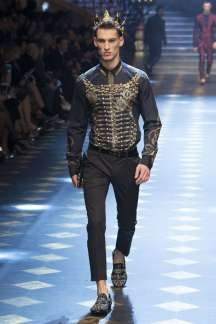 dolce-gabbana-fall-winter-2017-milan-menswear-catwalks-012