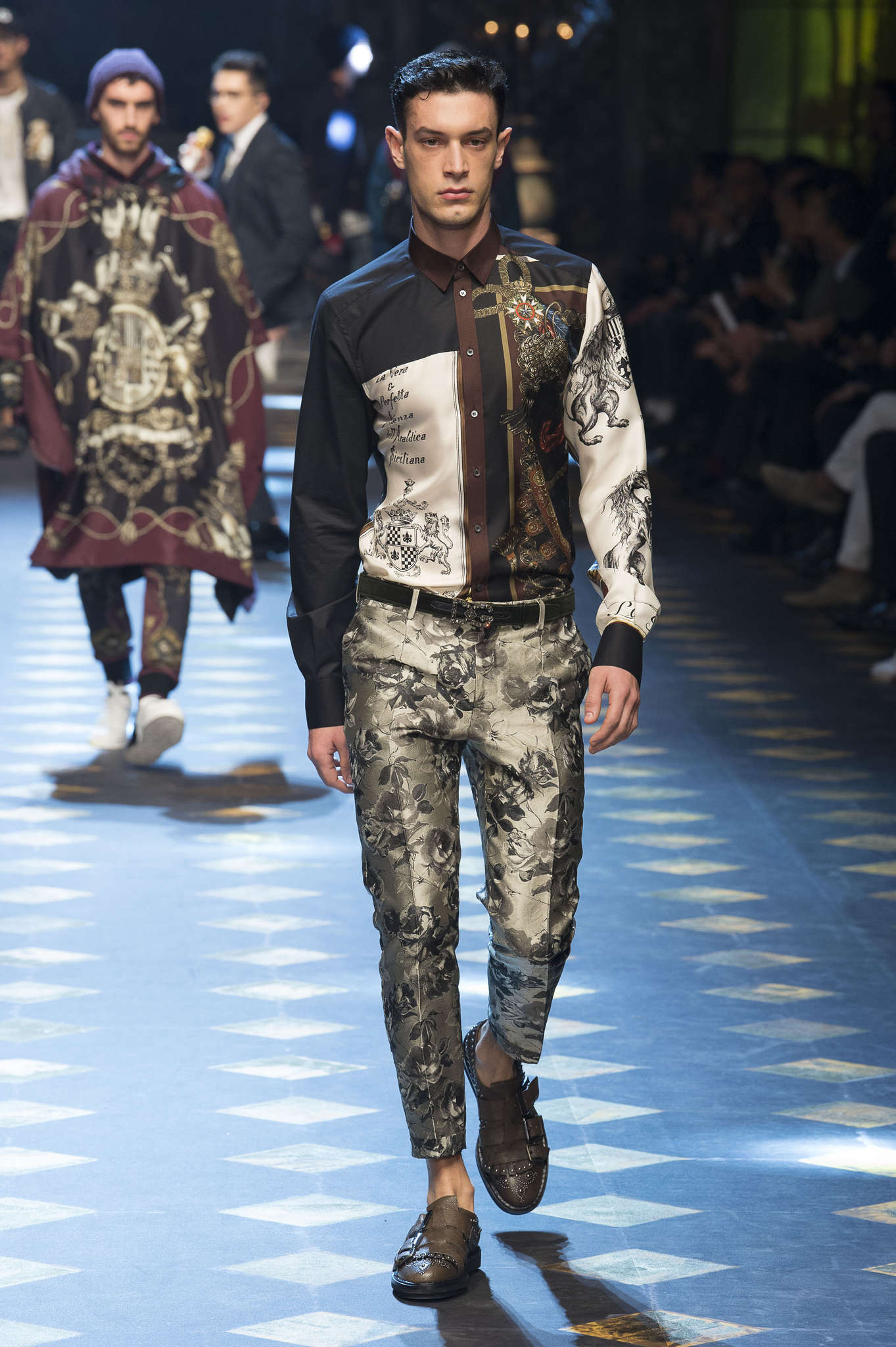 3bb337a1 dolce-gabbana-fall-winter-2017-milan-menswear-catwalks-025 ...