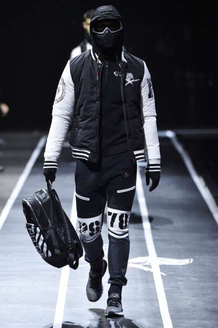 plein-sport-fall-winter-2017-milan-menswear-catwalks-004