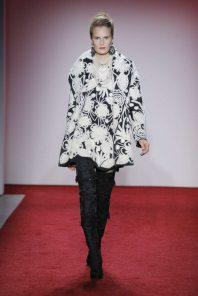 naeem-khan-fall-winter-2017-new-york-womenswear-catwalks-002