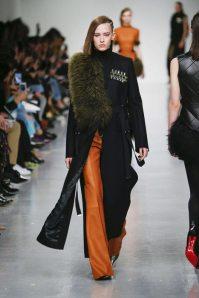 David Koma Fall-Winter 2017 London Womenswear Catwalks-001