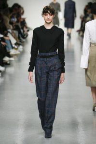 J.js Lee Fall-Winter 2017 London Womenswear Catwalks-001