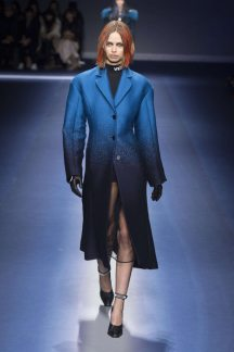 Versace Fall-Winter 2017 Milan Womenswear Catwalks-004